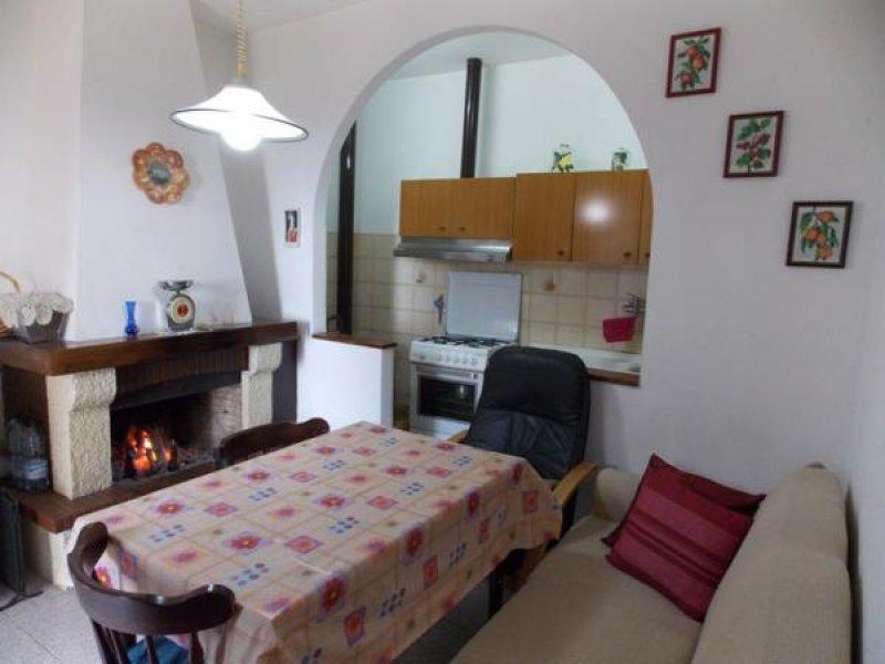 Castellina Marittima appartamento con vista mare a Pisa in Vendita