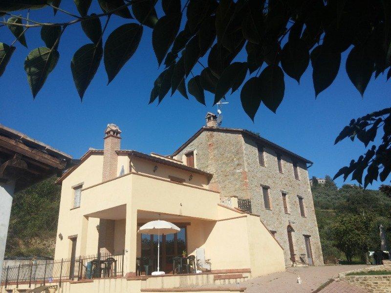 Magione appartamenti in casale a Perugia in Vendita