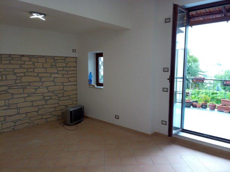 Napoli appartamento recentemente ristrutturato a Napoli in Vendita