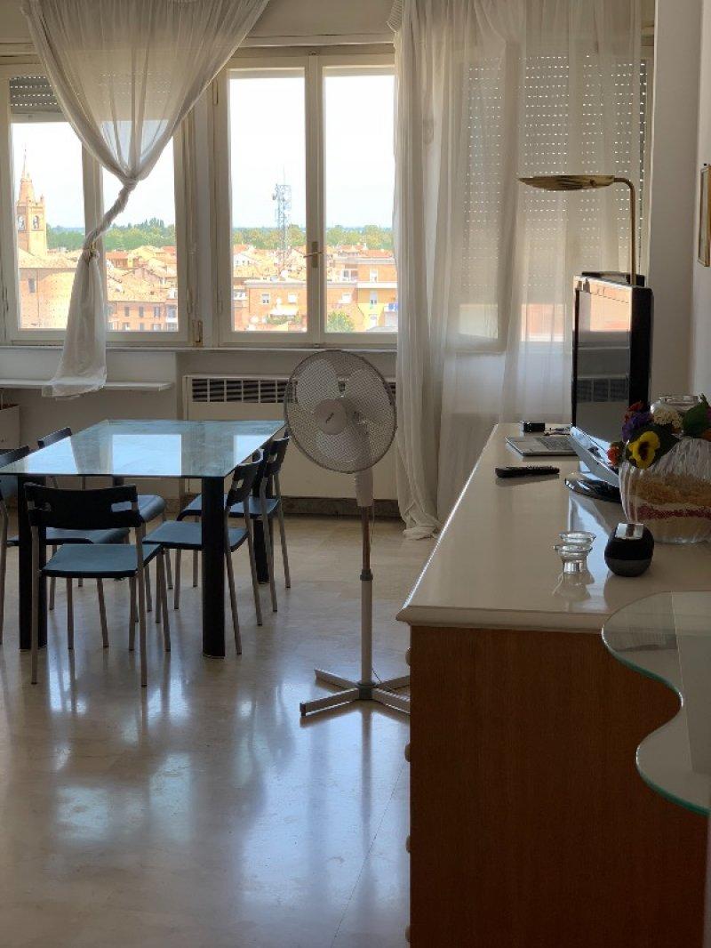 Forlì centro appartamento per studenti a Forli-Cesena in Affitto
