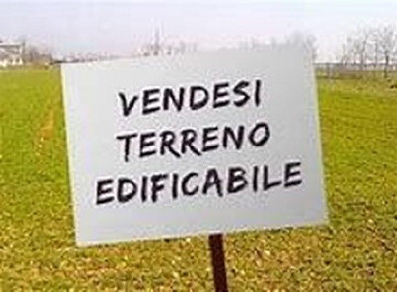 Terreno edificabile località 5 Archi Aprilia a Latina in Vendita