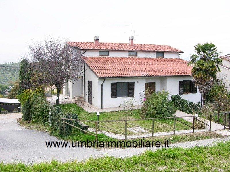 Montefalco villa antisismica recente costruzione a Perugia in Vendita