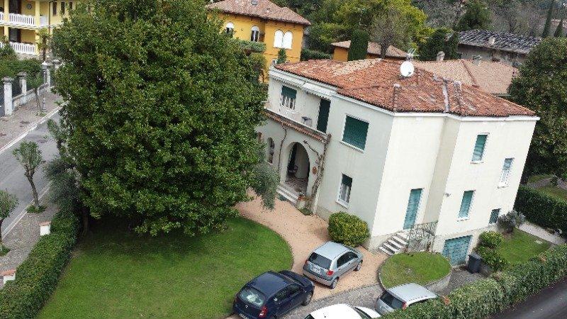 Barbarano Salò villa singola a Brescia in Vendita