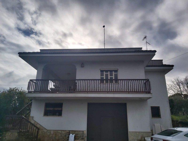 Locorotondo villa singola a Bari in Vendita