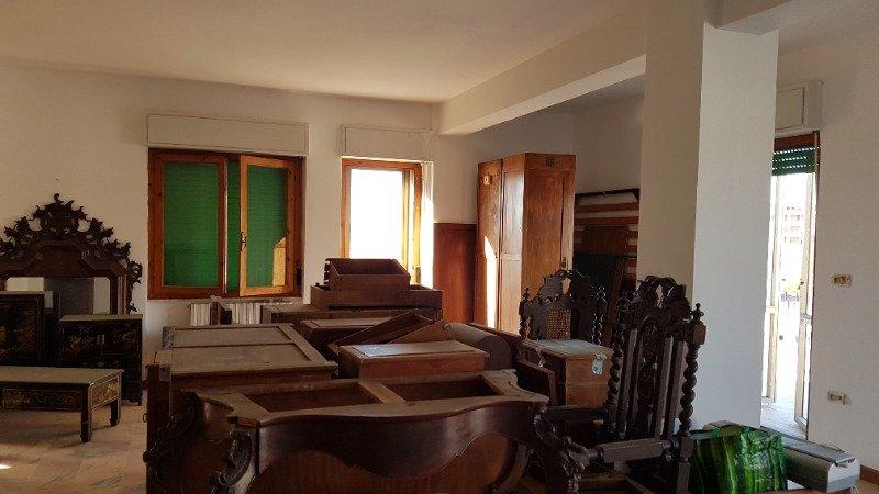 Sassari luminoso attico da ristrutturare a Sassari in Vendita