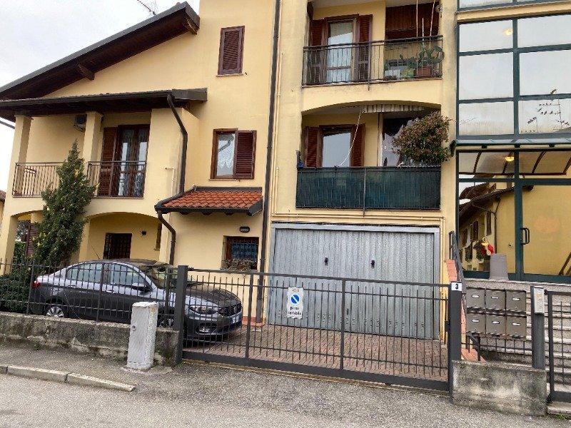 Mansarda arredata nel comune di Oleggio a Novara in Vendita