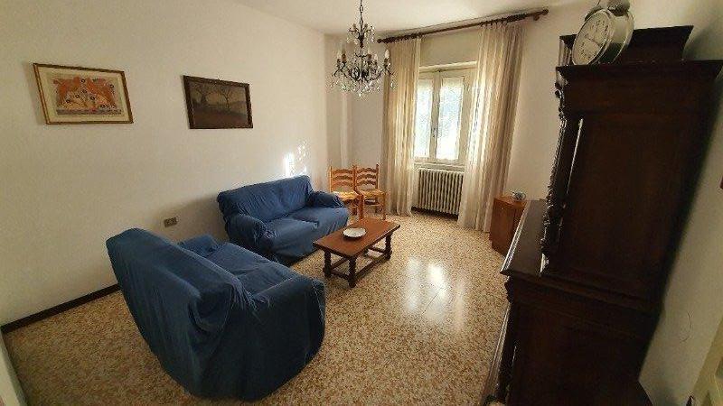Varese Bizzozero villa a Varese in Vendita