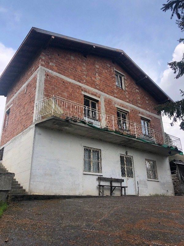 Gaverina Terme cascina da ristrutturare a Bergamo in Vendita