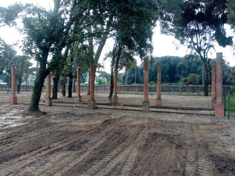 Camaiore terreno a pochi passi dal mare a Lucca in Vendita