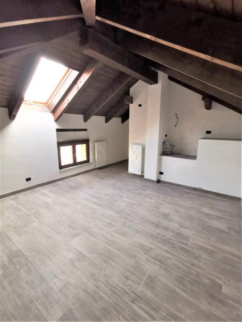 Cossato centro casa a Biella in Vendita