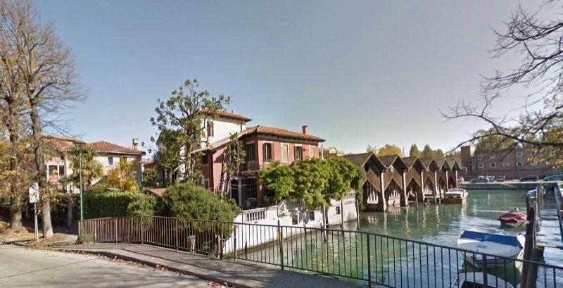 Lido di Venezia centro appartamento a Venezia in Affitto