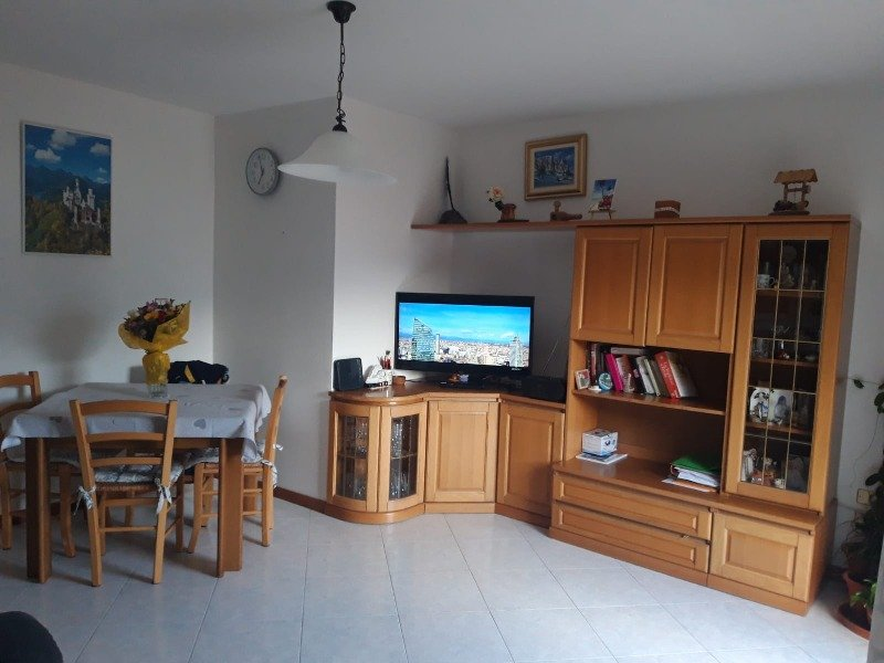 appartamento in zona collinare a Roncegno Terme a Trento in Vendita