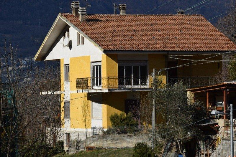Meana di Susa ampia casa a Torino in Vendita
