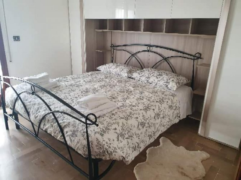 San Giuliano Terme stanze lunghi e brevi periodi a Pisa in Affitto