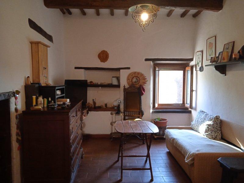 Alviano porzione di casa a Terni in Vendita