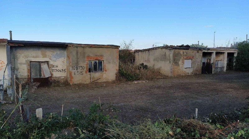Orbetello in località Albinia case a Grosseto in Vendita