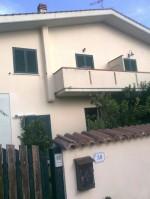 Annuncio vendita Bella Farnia Mare villetta quadrifamiliare