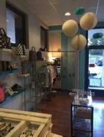 Annuncio vendita Ponte Nossa cedesi attività di abbigliamento
