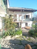 Annuncio vendita San Germano Chisone casa con giardino