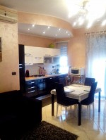 Annuncio vendita Torino alloggio ammobiliato stile moderno