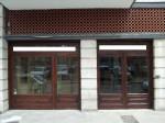 Annuncio vendita A Bari laboratorio con due vetrine