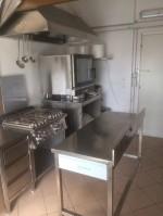 Annuncio affitto Milano laboratorio cucina totalmente attrezzato