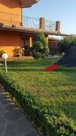 Annuncio vendita Patrica villa in residence con giardino