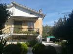 Annuncio vendita Montecassiano casa con giardino e orto