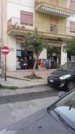 Annuncio vendita Palermo locale commerciale con esposizioni
