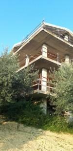 Annuncio vendita Pescara struttura in costruzione su terreno