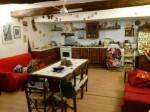 Annuncio vendita A Casoli zona centro storico unifamiliare autonoma
