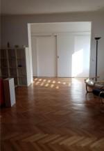 Annuncio vendita Appartamento a Bucarest in palazzo storico