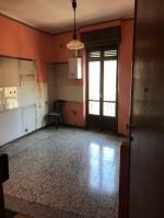 Annuncio vendita Torino appartamento senza ascensore con cantina