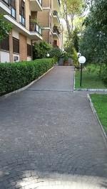 Annuncio affitto Roma attico immerso nel verde