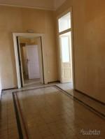 Annuncio vendita Napoli appartamento al Vomero prestigioso
