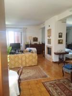 Annuncio vendita Castelnuovo di Porto villa in campagna