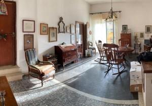 Annuncio vendita La Spezia vicino spiaggia San Terenzo appartam ...