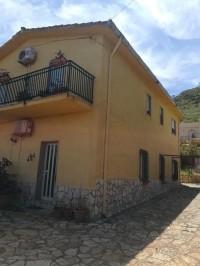 Annuncio vendita Castellammare del Golfo villa bifamiliare