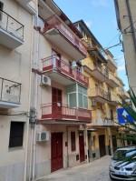 Annuncio vendita Carini edificio indipendente su 4 livelli