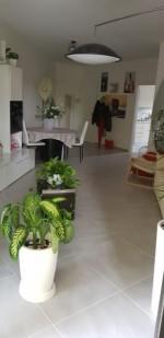 Annuncio vendita Rimini appartamento con garage e cantina