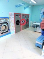 Annuncio vendita Taranto in zona Battaglia attività di lavanderia