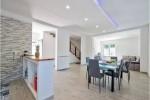 Annuncio vendita Limbiate villa con giardino