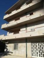 Annuncio vendita Ardore Marina edificio a 4 piani
