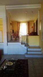 Annuncio vendita Mendicino villa bifamiliare con ampio giardino