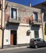 Annuncio vendita Siderno appartamento da ristrutturare