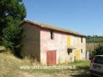 Annuncio vendita Montefalco casale con terreno