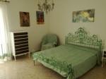 Annuncio affitto Roma Ionio camera con vista nel verde