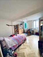 Annuncio affitto Firenze camera a ragazza studentessa o lavoratrice