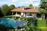 Annuncio affitto Cassago Brianza villa con piscina