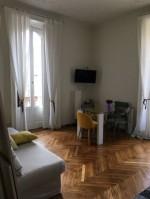 Annuncio affitto Milano bilocale luminoso doppia esposizione
